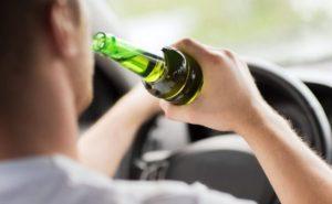 Употребление алкогольных напитков автолюбителями
