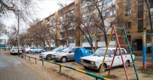 парковку на детских площадках