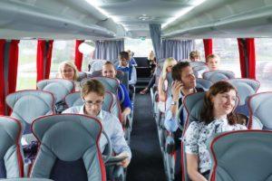 Пассажирские перевозки в автобусе