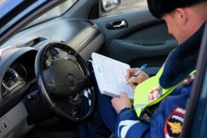 вождение автомобиля с просроченными правами